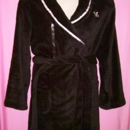Victorias Secret Cozy Short Robe