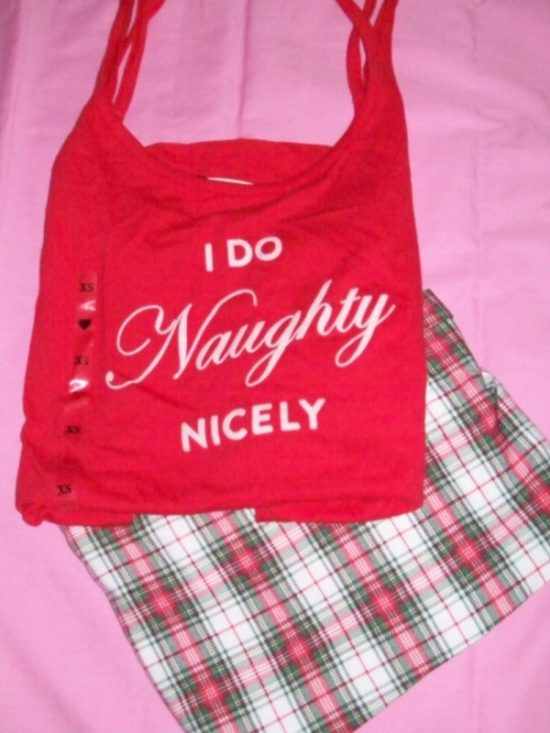 Victorias_Secret_Pillowtalk_Sleepwear_Naughty